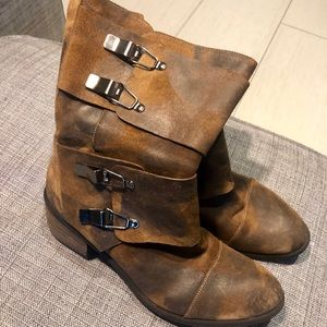 Gorgeous Donald Pliner boots with buckles